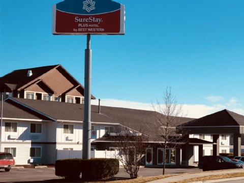 Silverstone Inn And Suites