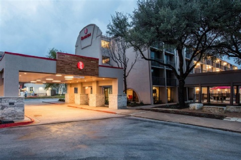 Baymont Inn And Suites Austin