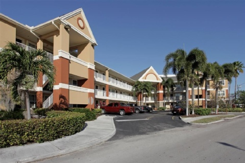 Extended Stay America Cyp Cr