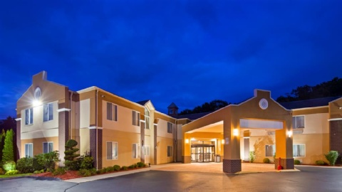 Best Western Plus New England